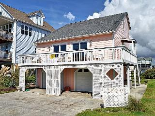 Poppy's Place - Whimsical & Vibrant Style, Excellent Location, Near Ocean Access, Surf City