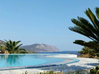Beautiful Greek Villa on the Peloponnese Near a Rocky Beach - Villa Hermione, Ermioni