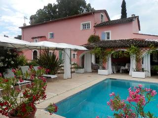 Cote d'Azur House for Family and Friends - La Maison Rose, Chateauneuf de Grasse