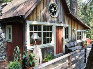 TUCK-IT-INN, Cazadero