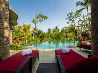 Discover ancient ubud luxury villa, Ubud