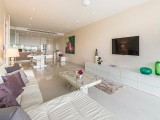 Clean, modern and spacious - why wouldn't you want to stay at our executive condos in Phuket?