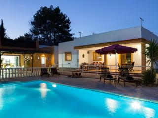 Private Villa  near Ibiza Town with Pool and Wifi