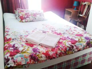 A private double room with WiFi, Dublin