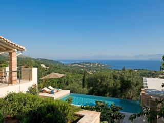 Doria - Luxury Villa With Private Pool, Avlaki