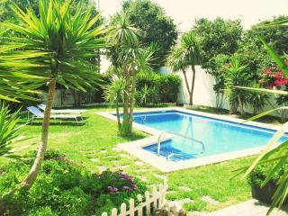 CD363 - Modern, comfortable and spacious villa!