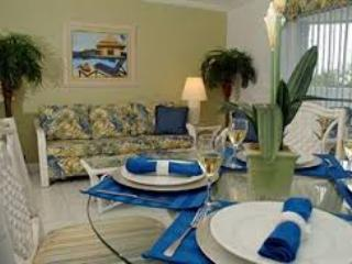 Beautiful Water front Condo in the Tropical Bahama, Freeport