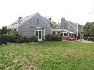 Updated East Orleans 6 Bed with Heated pool: 004-O