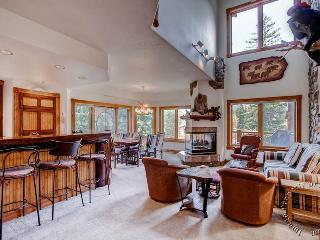 The Woods Townhomes 110 by Ski Country Resorts, Breckenridge