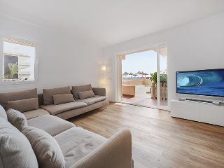 Seafront Luxury ☼ Alcúdia Bay, Alcudia