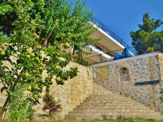 Villa Cennet Bahcesi,7 bedroom Villa sleeps 14, Kalkan