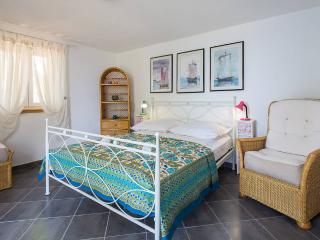 House Vesna - 46801-K1, Bobovisca