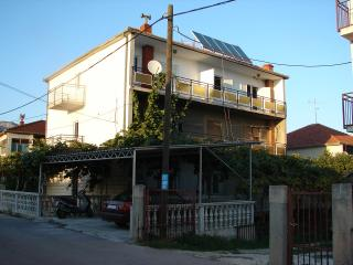 5781 A1(2+1) - Trogir