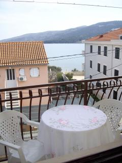 A5(3): terrace