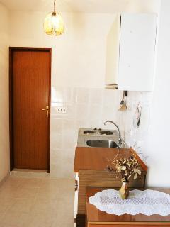 SA1(2+1): kitchen