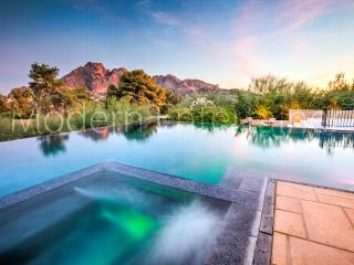 Entertain + Views + Infiniti Pool + Modern Style, Scottsdale