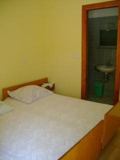 A2(9): bedroom
