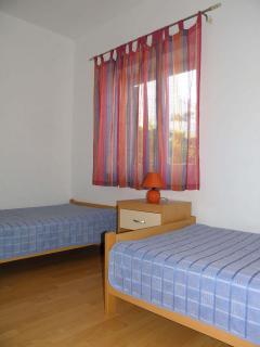 A3 (4+2): bedroom