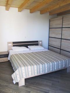 A2(2+4): bedroom