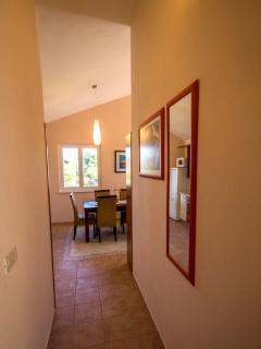 A1(2+2): hallway