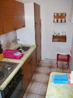 A2(2+3): kitchen