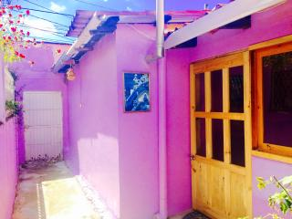 Big Cozy Bungalow 3 bedroom & 2 fireplaces, San Cristobal de las Casas