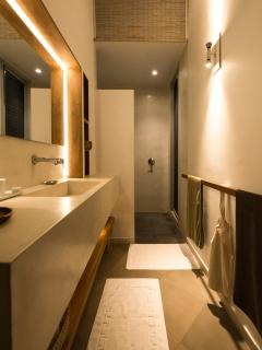 ... with its ensuite bathroom.