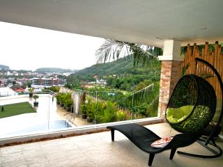 Two bedroom apartment for rent in Kata Hill, Kata Beach