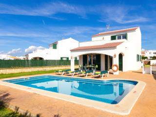 Villa Noa: villa with pool and air-conditioning, Cala'n Bosch
