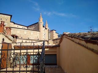 Camera Piero della Francesca, Urbino