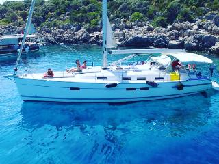 Sailing Yacht Charter in Kas - Kekova - Turkey. We rent Sunshine and sea