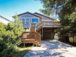 SPYGLASS INN~MCA#629~You will fall in love with this beautiful home., Manzanita