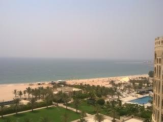 romantic loft style appartment with full sea views, Ras al-Jaima