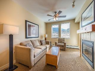 Walk to the slopes from this Founders Point one bedroom., Winter Park