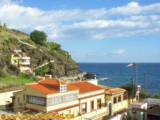 Casa Mariane *** Beach Villa *** sleeps 14, Almunecar