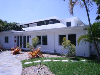 Brand New Elegant Luxury Estate - Delray Beach.