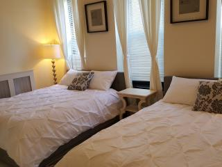The Secret of Brooklyn XII 1BR/1BA, Sleeps 6