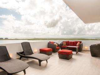 Penthouse #2704 - Spacious and Beautiful, Cancún