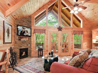 Romantic Luxury Cabin 1 Bed/2 Bath with Hot Tub/ Fireplace/Wifi  Mountain View