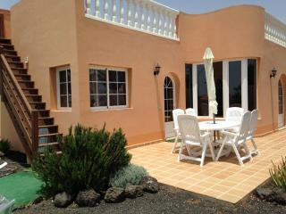 Casa Kareva - Three Bedroom Family Villa, Caleta de Fuste