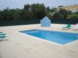Luxury Villa ,Albufeira.Sleeps 6 . Pool and beach.