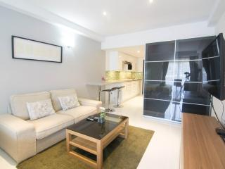 Super-clean apartment with many extras, Chaweng