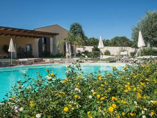 FLAT  BLU IN VILLA SHARED-POOL, Sampieri