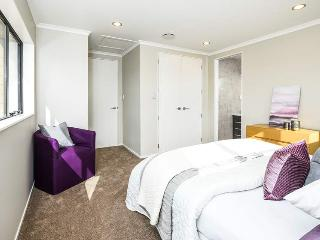Taoto Hostel: New House Elegant Double Single Room, Auckland