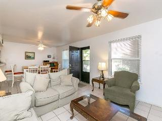 Area Not Impacted by Hurricane: Light-filled 2BR Condo in Corpus Christi