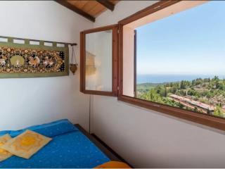 Modern home near beach with breathtaking views, Chia