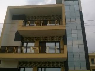 Shanti Villa Bed & Breakfast, Gurgaon