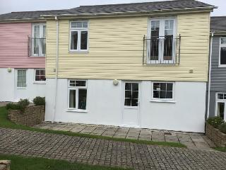 STUNNING 4 bed, 1 sofa bed, Resort Fee included
