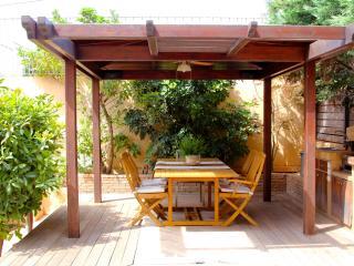 Lida Garden Studio, Anavyssos