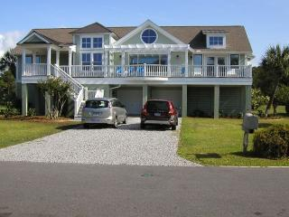 Sea Sounds Beach Vacation Home, Fripp Island